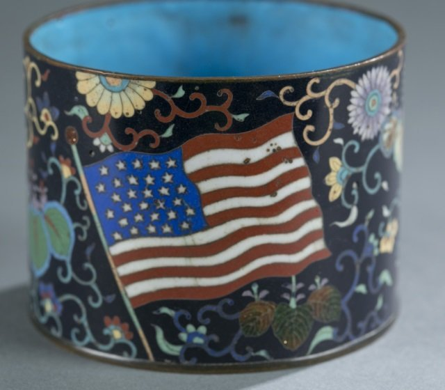 Japanese cloisonne jar w/American flags. - 3