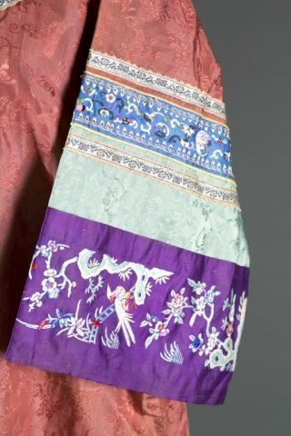 Chinese embroidered ladies dress - 2
