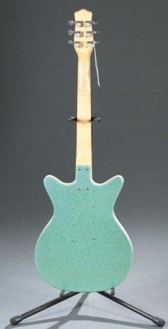 A Danelectro DC-3 turquoise electric guitar, Seria - 2