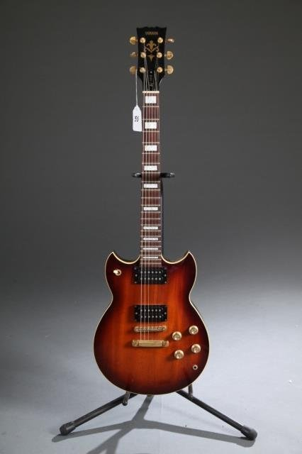 A Yamaha SG 700S electric guitar, Serial #: 9FX104