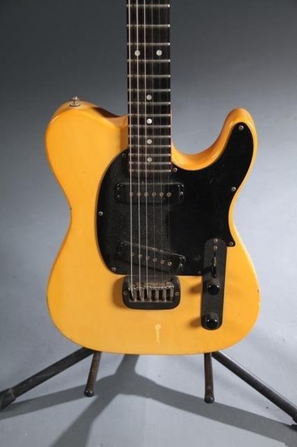 A G&L ASAT Classic by Leo Fender electric guitar, - 3