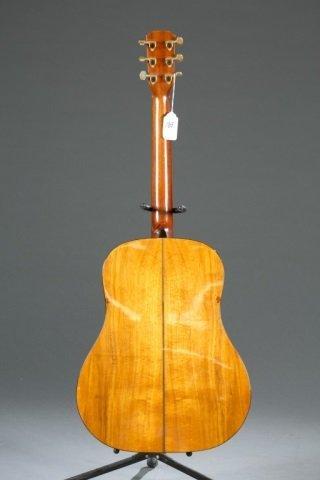 An Alvarez Yari DY-71 acoustic guitar, Serial #: 4 - 2