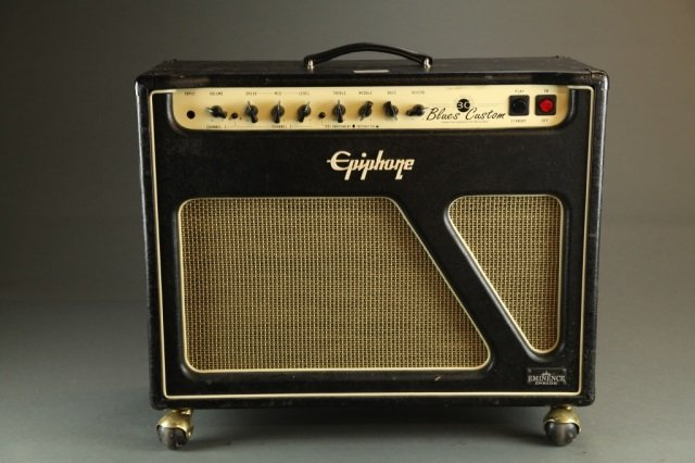 An Epiphone Blues Custom 30W amp, Serial #: 180207