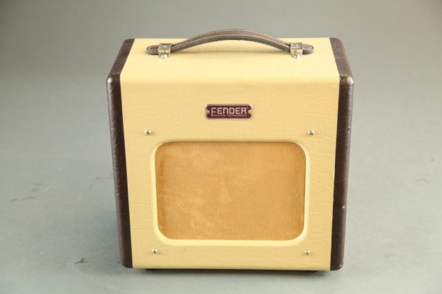 A Fender Champion 600 Tube amplifier. - 2