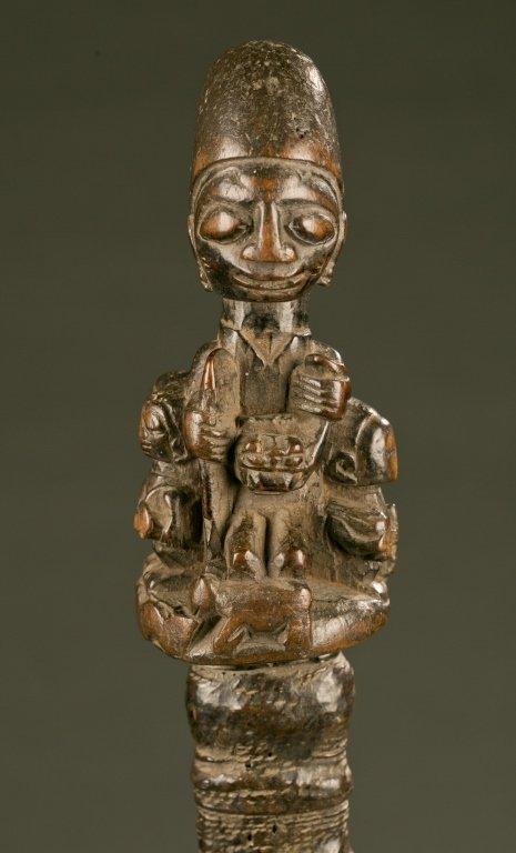 Yoruba flywhisk with equestrian figure. - 2