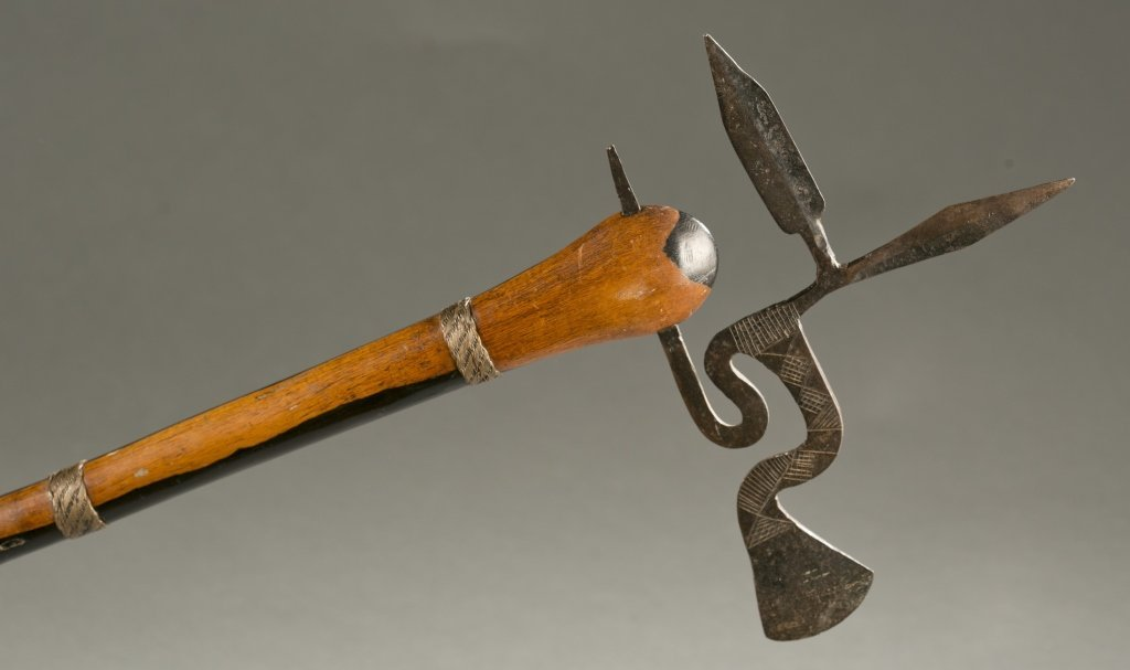 South African ax with elaborate blade, 20th cen. - 5
