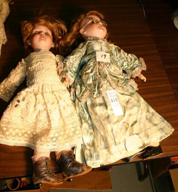 1418: Pair of Armand Marseille dolls