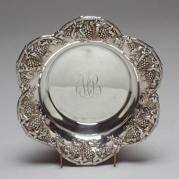 1011: Woodside Sterling Repousse Berry Bowl