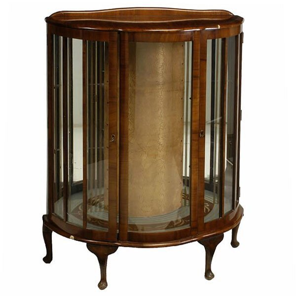 1001: Louis XV Style Display Case