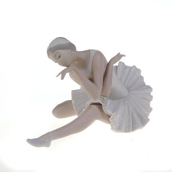 1022: Llardo Bisque Ballet Dancer, Signed