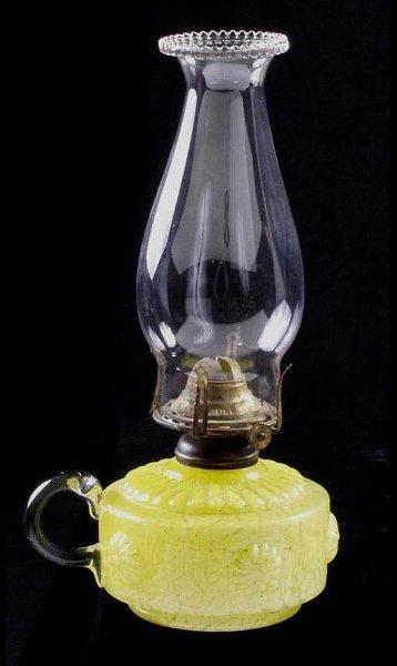 628: Czechoslovakian Art Glass Finger Lamp