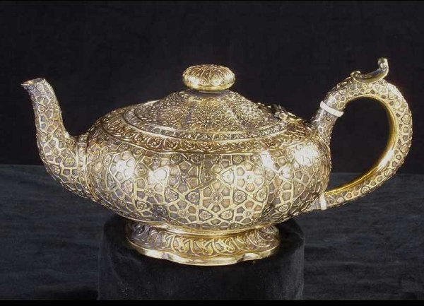 645: English Victorian Silver-Gilt Teapot
