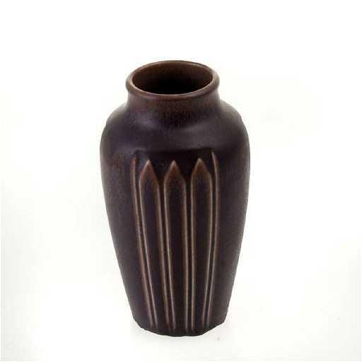1024 1923 Rookwood Vase Shape 1823