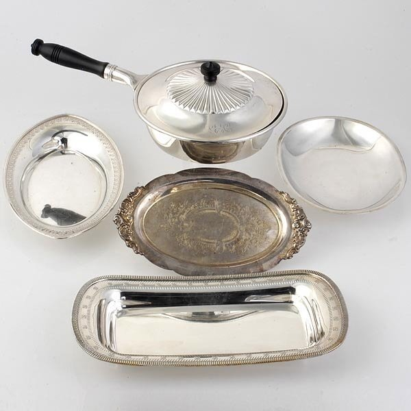 1013: Four Plated Trays and Covered Pan