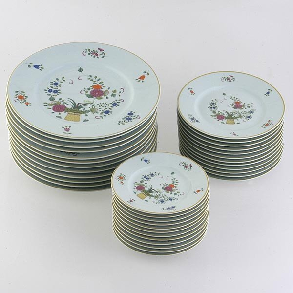 1065: Raynaud Chine Petit Panier China Svc.