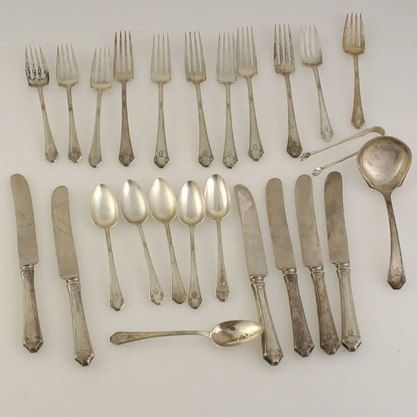 2: Towle Lady Mary Sterling Flatware