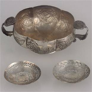 A.Violetta Silver Bowl and Two Footed Salts