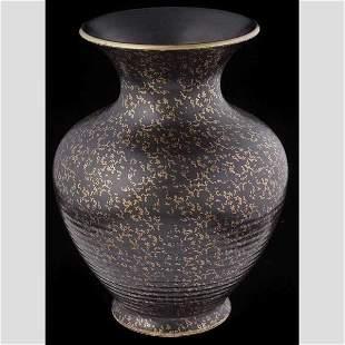 Black and gold mottled vase