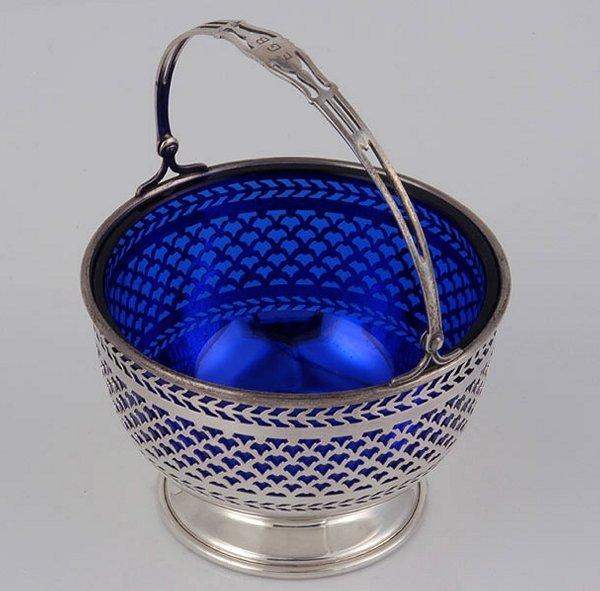 2017: Am. Sterling Basket w/ Cobalt Blue Liner