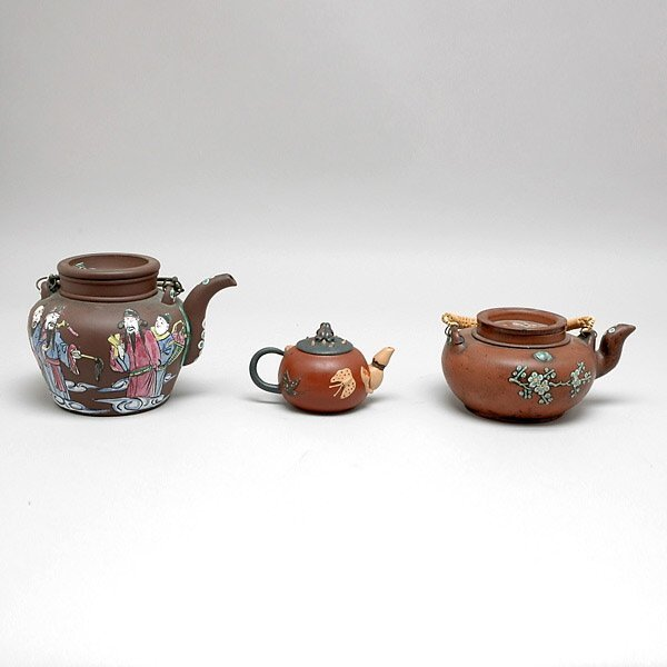 5: Three Chinese Ixing Teapots, 20th Century,