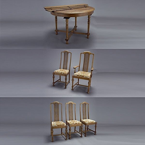 1006: Golden Oak Table and Chairs