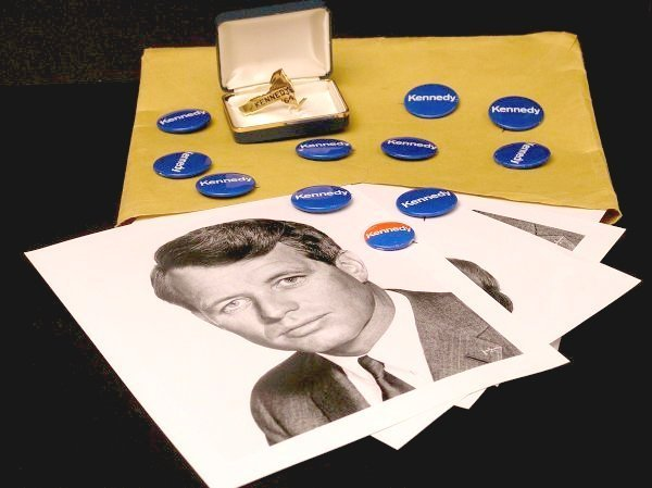 70: Robert Kennedy Campaign Items, Buttons, Photos