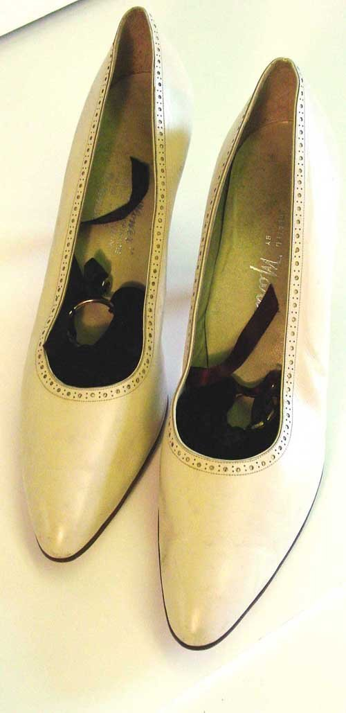 16: Jackie Kennedy Italian shoes;