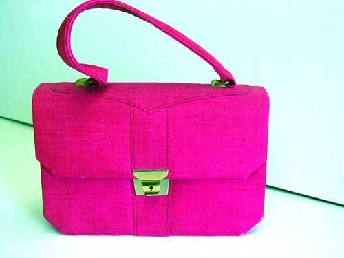 17: Jackie Kennedy evening handbag;