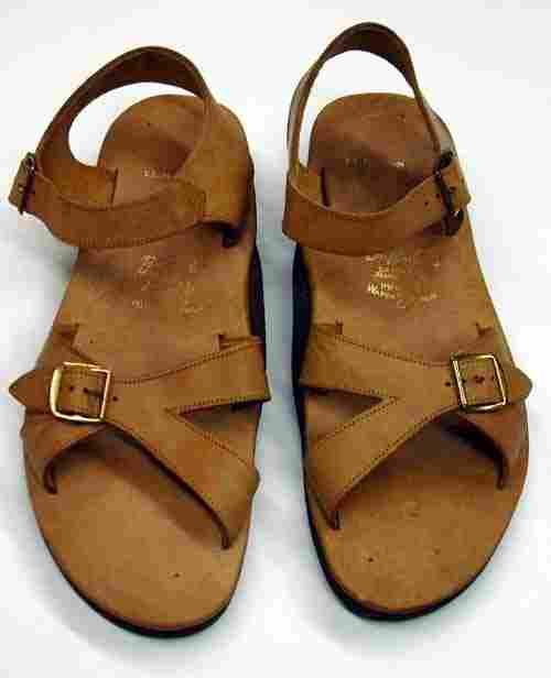 172: John F. Kennedy beach sandals
