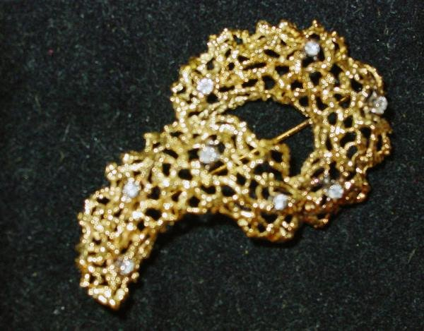 11: Yellow Gold and Diamond Brooch
