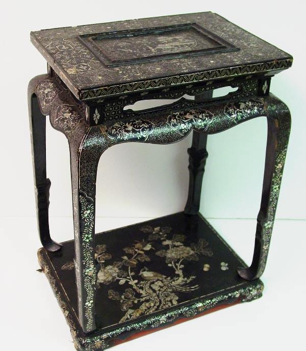 395: Chinese Export Black Lacquer Table