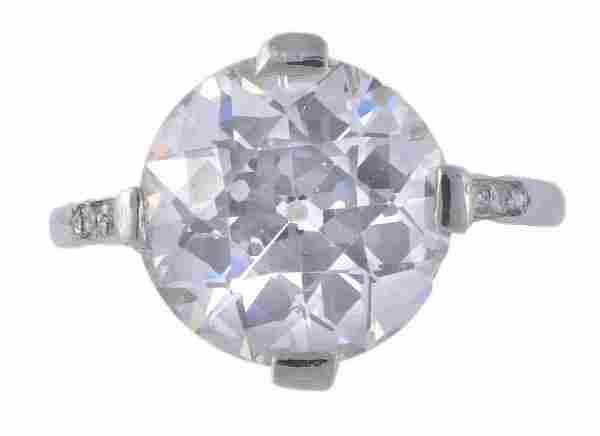 1 platinum diamond ring A diamond single stone rin
