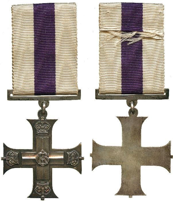MILITARY CROSS, GVR, unnamed as issued. Toned extr