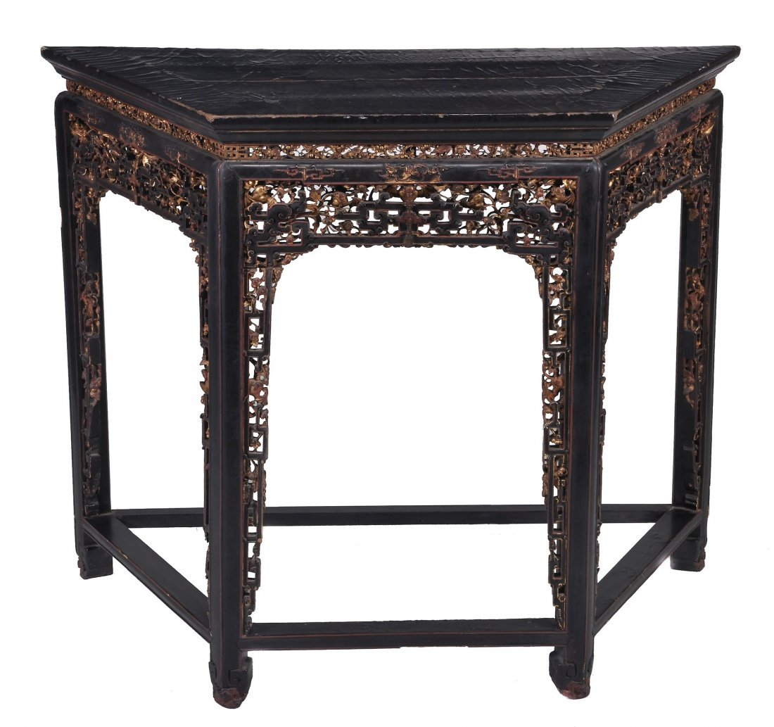 A Chinese black lacquered side table, late Qing pe