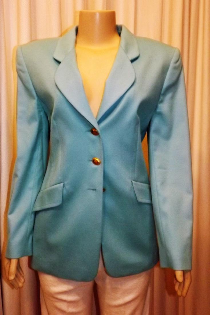 Louis Feraud Baby Blue Jacket 80% wool 20% cashmere,