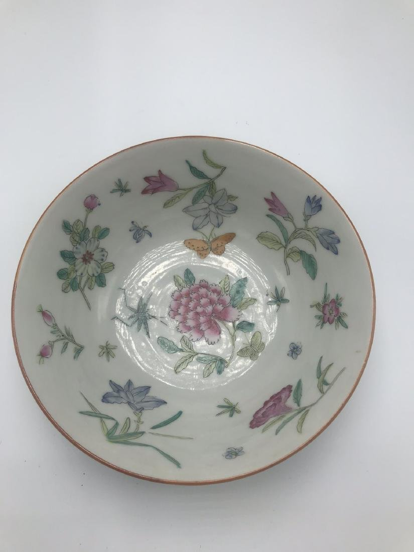 Chinese Porcelain Bowl with Flowers, Decorated in Hong - 3