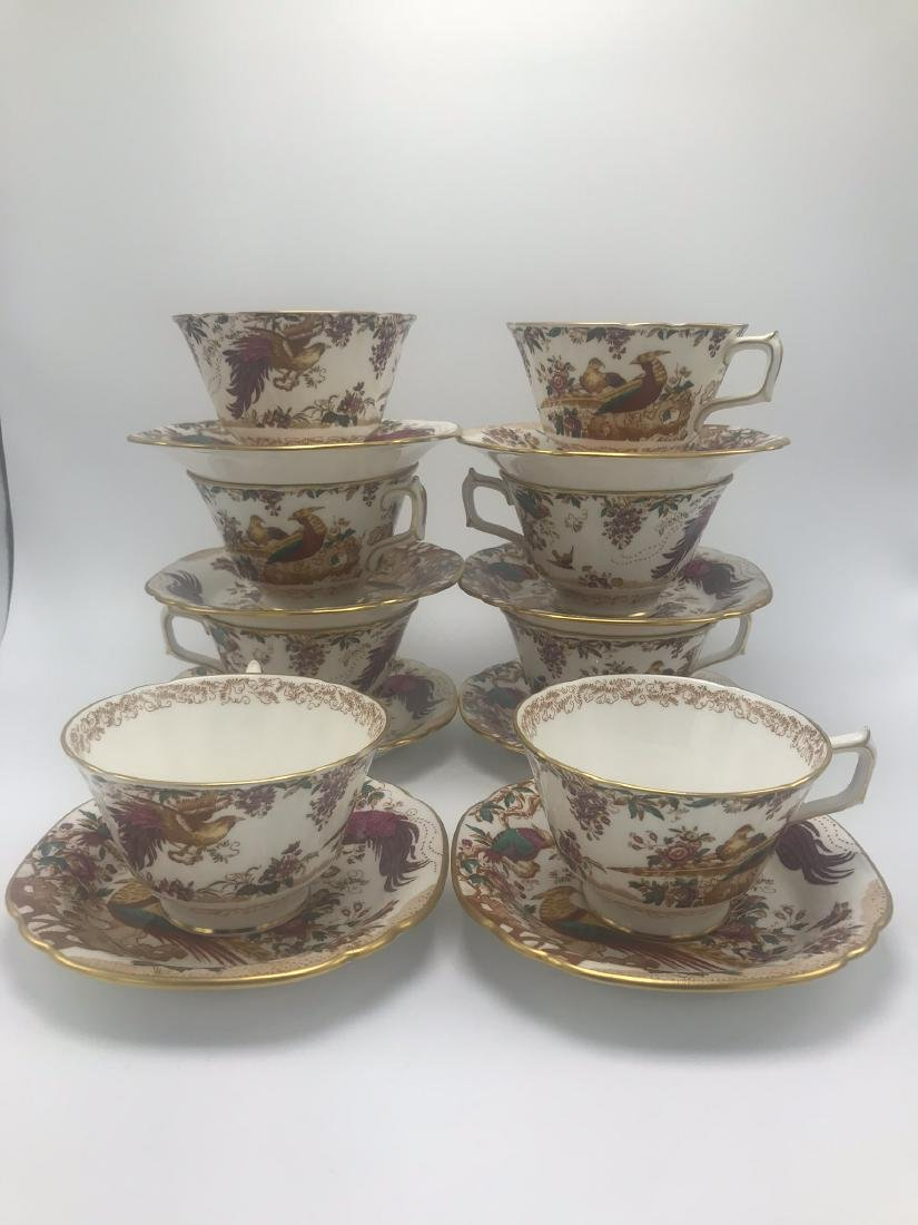 Lot of Royal Crown Derby Olde Avesbury Bone China, - 7