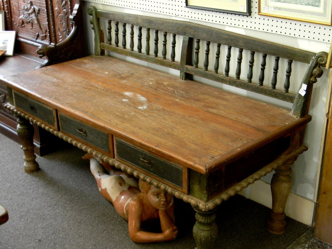 19th Century Indonesian Day Bed with 3 drawers, teak
