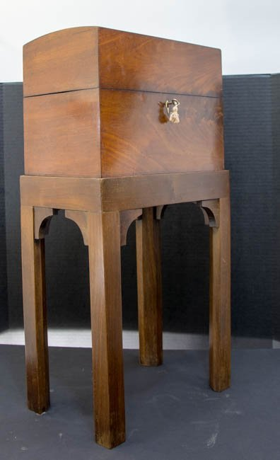 Tea Caddy on Stand