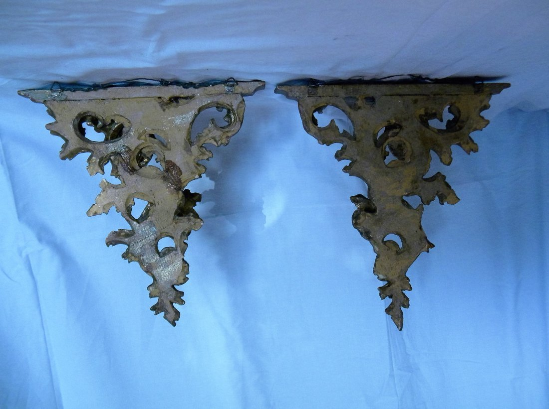 Pair of Florentine Gold Leaf Brackets - 2