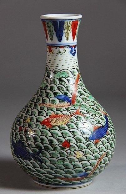 Wanli Mark WuCai Porcelain Vase with Fish Design