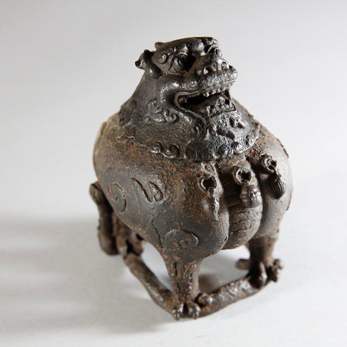 Qianlong Mark Iron Lion Censer
