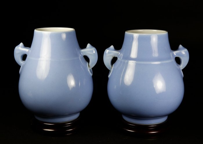 A PAIR OF QING GUANGXU PERIOD AND MARKED CELADON GLAZED