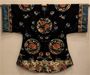 A CHINESE NAVYBLUE SILK EMBROIDERED ROBE