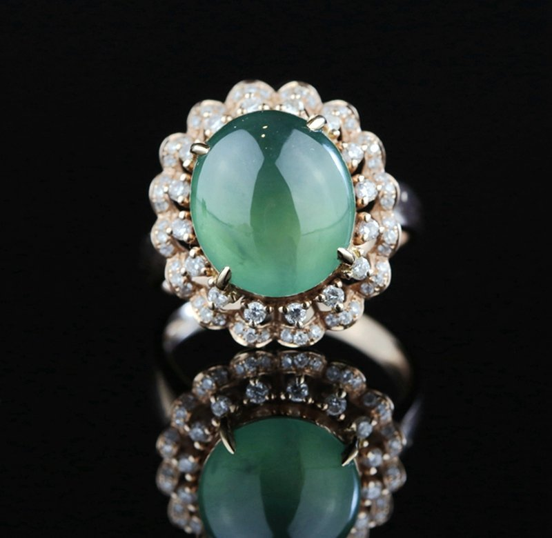 ROSE GOLD DIAMOND AND NATURAL GRADE A JADEITE RING