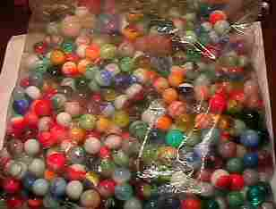 69031 BB Marbles: About 200 assorted machine made