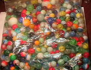 69032 BB Marbles: About 200 assorted machine made