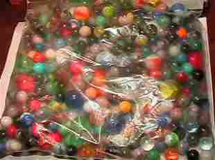 69033 BB Marbles: About 200 assorted machine made
