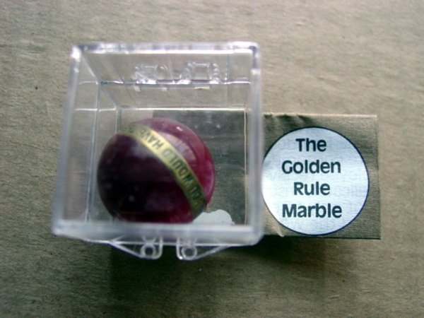79002: 79002 BB Marbles: Boxed Golden Rule Marble