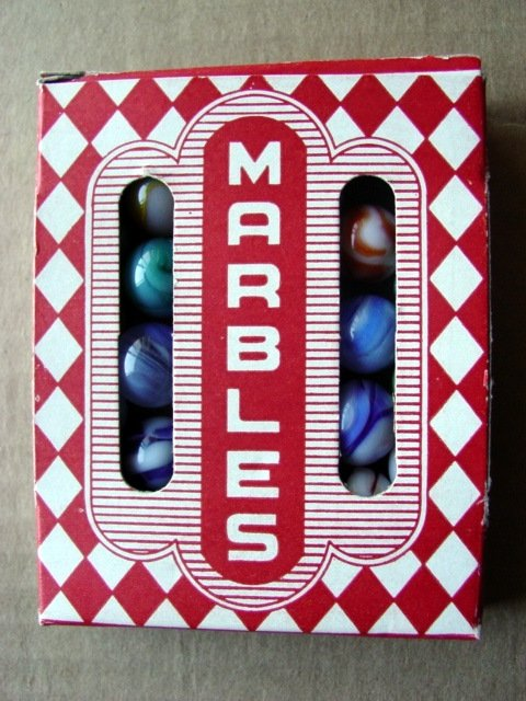 79009: 79009 BB Marbles: 1950s Jobber Box with mbls